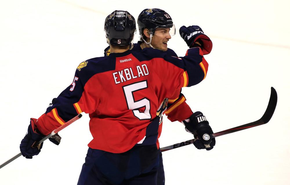 Druhá sezóna v NHL je vždy náročná, jak si vedou loňští nováčci?