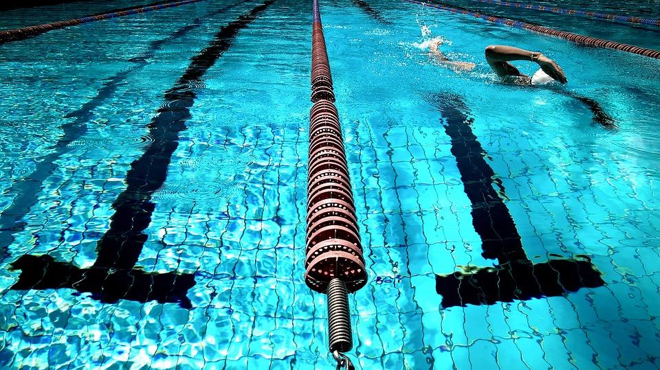 Styly plavání. Poplavte za štíhlou postavou